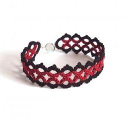 Gothic Lace Bracelet in Tatting